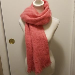 Vintage Moffat Wool (Mohair) Scarf!